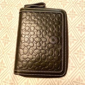 COACH Leather holder - Passport, ID, cards